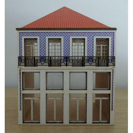 Edifício habitação e comércio de 3 pisos