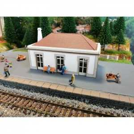 Apeadeiro CP com telhado 3D...